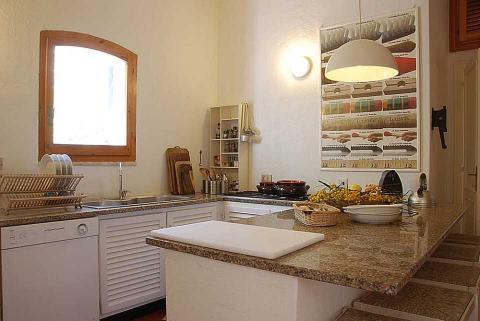 Sardinie villa volledig ingerichte keuken