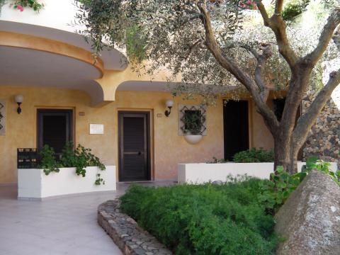 Luxe familiehotel; Pula Sardinië | Vakantieinsardinie.nl