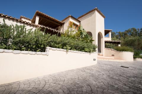 De luxe villa van buitenaf.