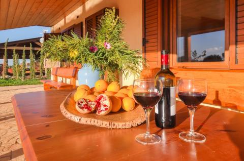 Heerlijk genieten van een wijntje en de rust.