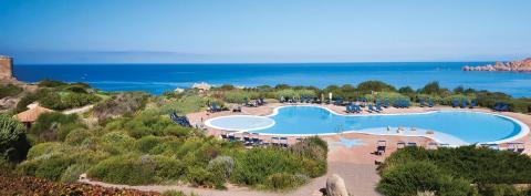 Zwembad op het resort.