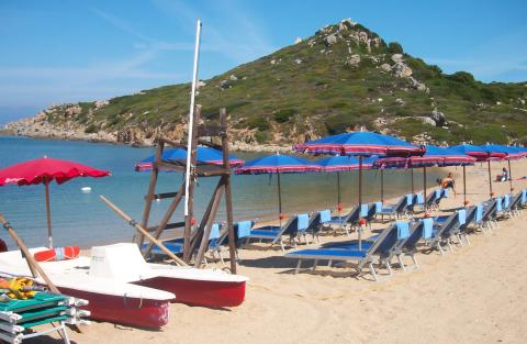 Vakantiehuizen met zwembad en strand Sardinie