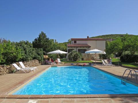 Voordelig naar Sardinie in de herfstvakantie!